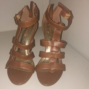 Bamboo Sandals Size 8 Good Condition